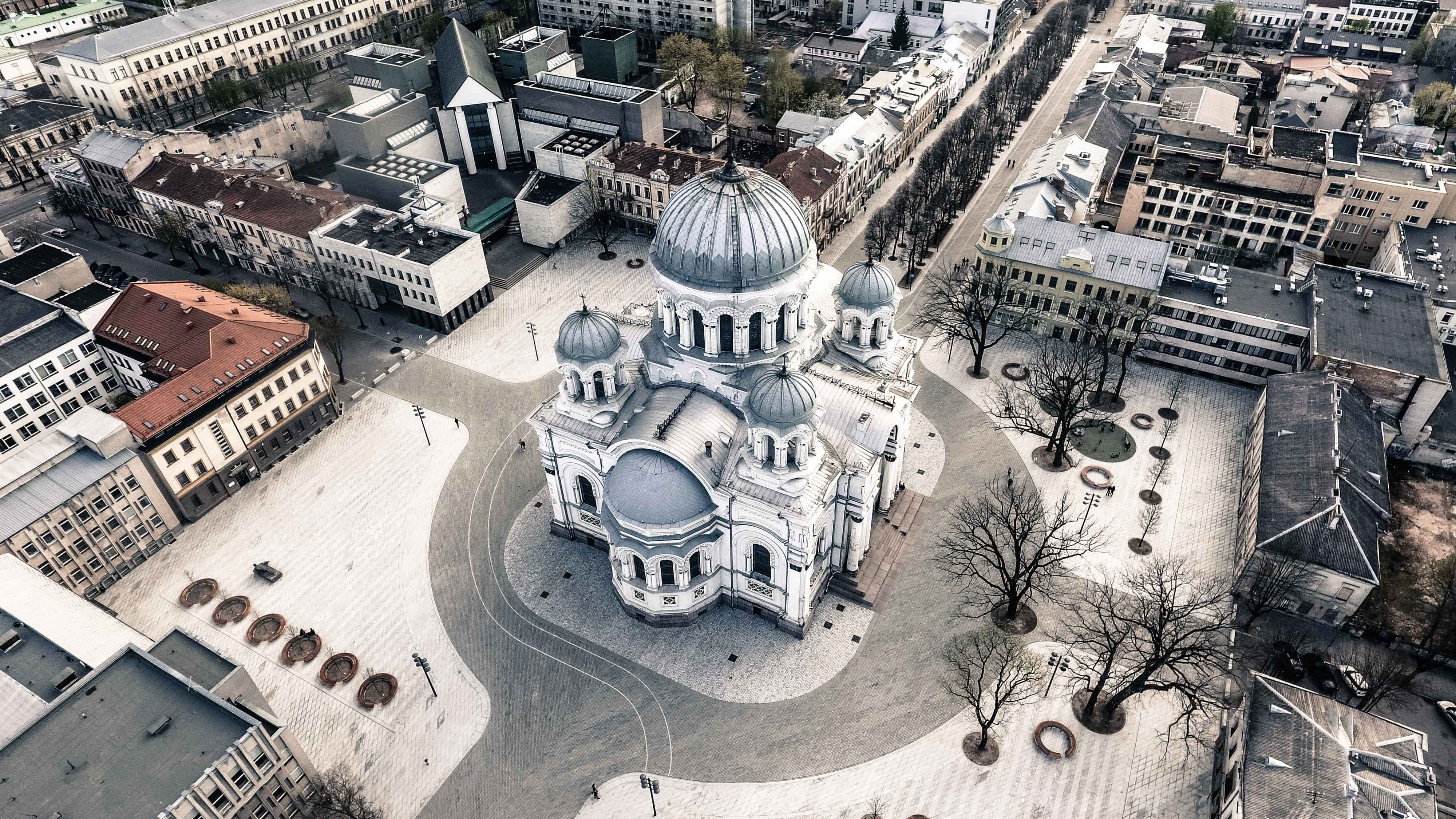 Bird's eye view picture of Kaunas